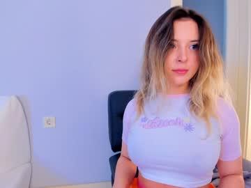 https://roomimg.stream.highwebmedia.com/ri/kittycaitlin.jpg?1571022450