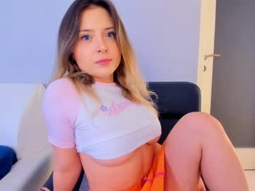 https://roomimg.stream.highwebmedia.com/ri/kittycaitlin.jpg?1594758450