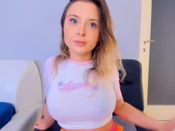 https://roomimg.stream.highwebmedia.com/ri/kittycaitlin.jpg?1596738840