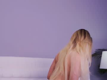 https://roomimg.stream.highwebmedia.com/ri/kittycaitlin.jpg?1597015200