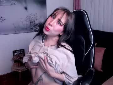 Live kloe_lavinge WebCams