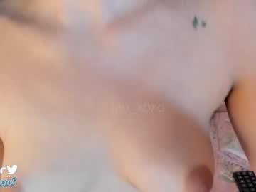 lau_xoxo's chat room
