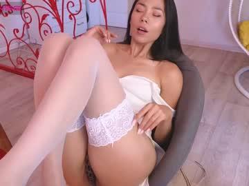 layabaechr(92)s chat room