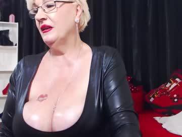laylamadisonx's chat room