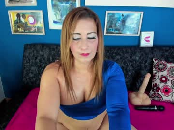 Energetic bitch jenny (Mature_jenny) lovingly wrecked by delicious vibrator on sexcam