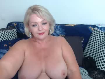 melyssamilfxxx's chat room