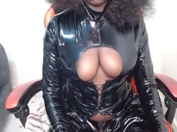 midnightnurse1's chat room