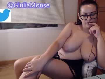 montserrat123's chat room