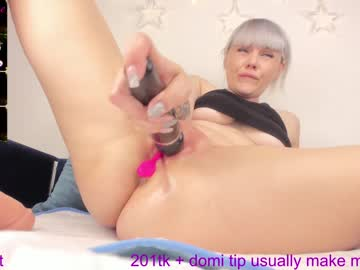 moonchristinechr(92)s chat room