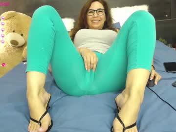 nathalyrae41's chat room