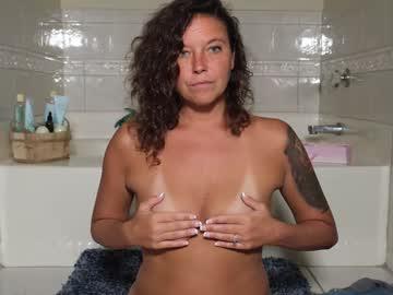 https://roomimg.stream.highwebmedia.com/ri/nellebeachgirl.jpg?1594070250