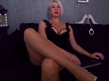 nicoledomchr(92)s chat room