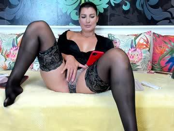 playfullangelicachr(92)s chat room