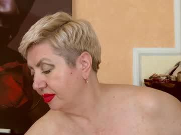 posh_lady's chat room