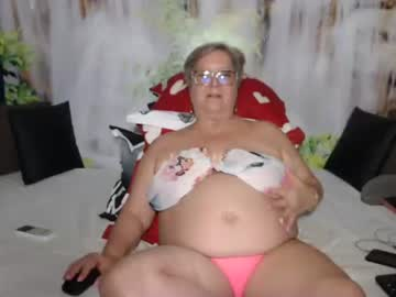 Relieved darling QueenPammy (Queenpammy) extremely   banged by cheerful fingers on nude webcam