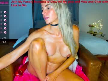 https://roomimg.stream.highwebmedia.com/ri/sexxylaurab.jpg?1552923930