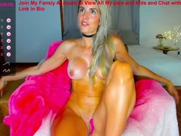 https://roomimg.stream.highwebmedia.com/ri/sexxylaurab.jpg?1552923960