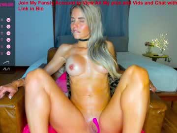 https://roomimg.stream.highwebmedia.com/ri/sexxylaurab.jpg?1558371210