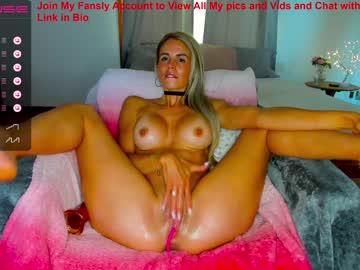 https://roomimg.stream.highwebmedia.com/ri/sexxylaurab.jpg?1558372560
