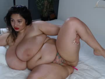 Watch sexycreolyta4u hot daily nude webcam show