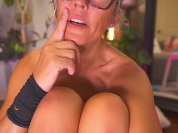 sunniedayzchr(92)s chat room