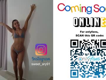Ok whore aryana (Sweet_ary) madly shagged by funny fingers on online adult chat