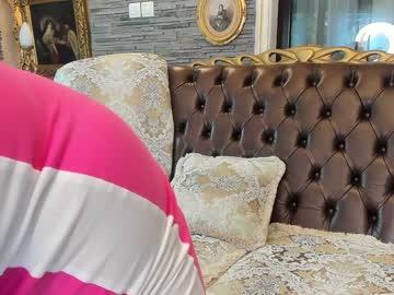 https://roomimg.stream.highwebmedia.com/ri/tunderose.jpg?1573654890