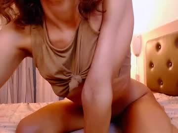 Agreeable lady Alice and Jack (Unic0rnporn) quietly bangs with calm toy on sex chat