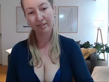 valerykiwii's chat room