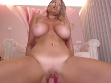 Watch wildtequilla live nude webcam show