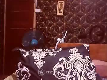 xsw33t_joy69x's chat room