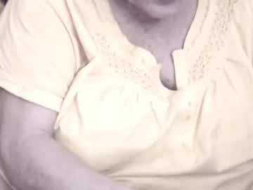 xxxlady49chr(92)s chat room