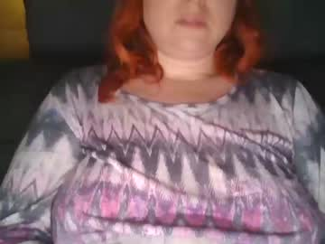 zara_red's chat room