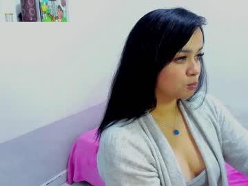 zoe_sweet22's chat room
