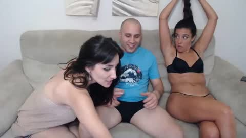 _newlyweds_'s chat room