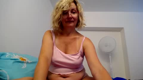 blondwoman's chat room