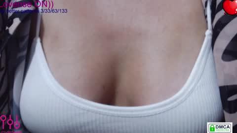 eva_blond_hot's chat room