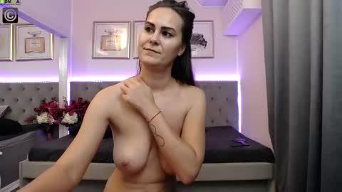 hotgodiva's chat room