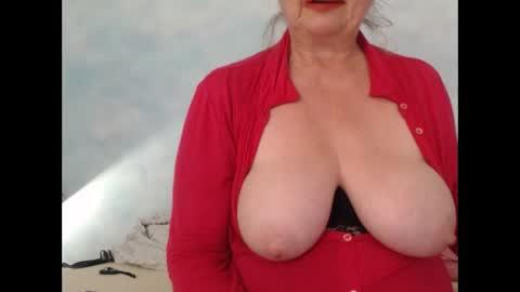 mucmilf59's chat room