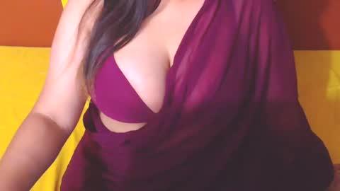 naughty_tia's chat room