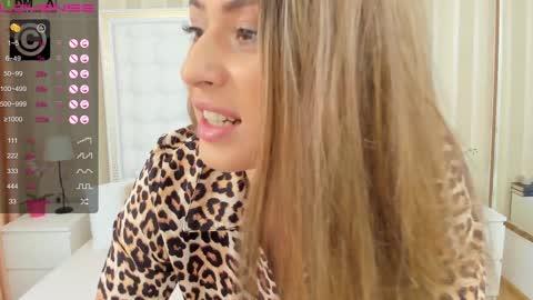 sandrarossee's chat room