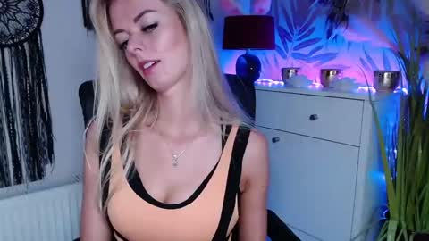 valerieluvsugar's chat room